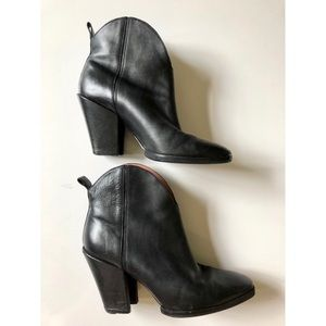 Sigerson Morrison Leather Risa Bootie